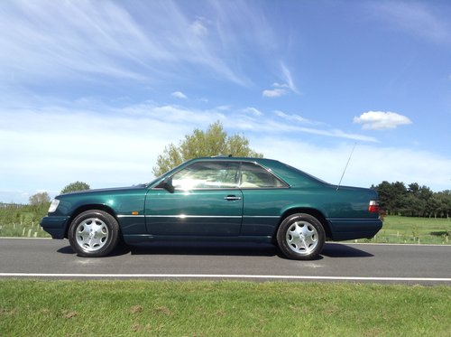 1995 Mercedes E220 Coupe 1 P/Owner Massive History File For Sale (picture 3 of 6)