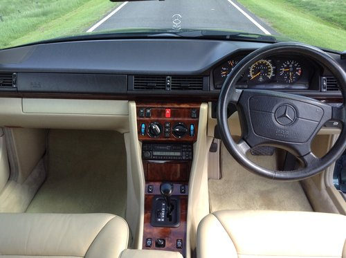 1995 Mercedes E220 Coupe 1 P/Owner Massive History File For Sale (picture 4 of 6)