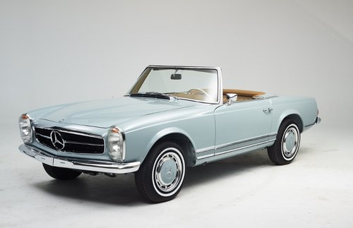 Highly restored Mercedes 280 SL Pagoda with hardtop 1968 SOLD (picture 1 of 6)