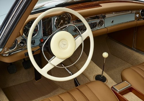 Highly restored Mercedes 280 SL Pagoda with hardtop 1968 SOLD (picture 5 of 6)