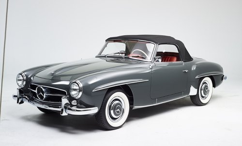 Luxury Mercedes 190 SL Roadster completely restored 1958 For Sale (picture 1 of 6)