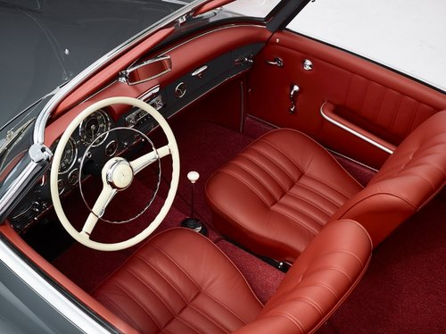 Luxury Mercedes 190 SL Roadster completely restored 1958 For Sale (picture 2 of 6)