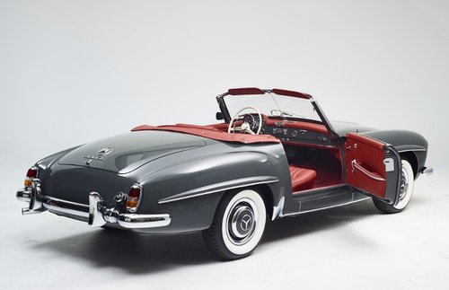 Luxury Mercedes 190 SL Roadster completely restored 1958 For Sale (picture 4 of 6)