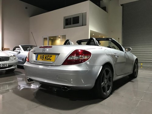 2004 Mercedes SLK350 18INCH AMG ALLOYS HEATED SEATS AIRSCARF For Sale (picture 5 of 6)