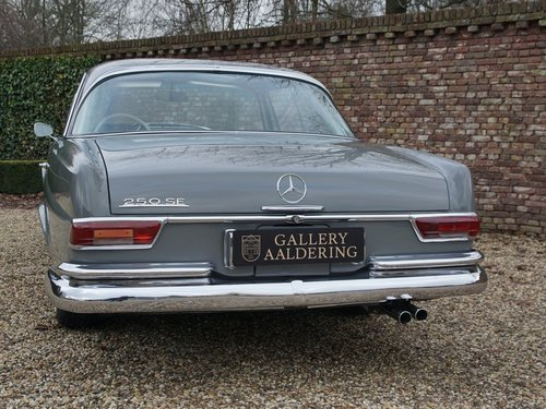 1967 Mercedes Benz 250SE Coupe matching numbers and colours, rare For Sale (picture 6 of 6)