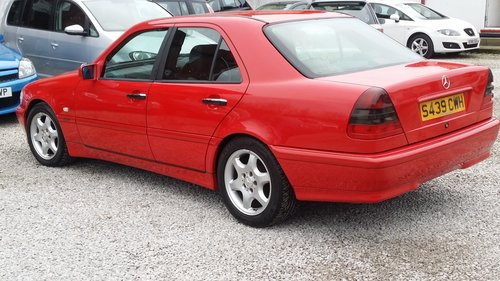 1998 MERCEDES C CLASS C180 ESPIRIT STUNNING BRIGHT RED For Sale (picture 3 of 6)