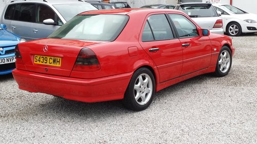 1998 MERCEDES C CLASS C180 ESPIRIT STUNNING BRIGHT RED For Sale (picture 4 of 6)