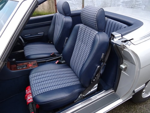 Mercedes 300SL Roadster 3.0 Litre 6 Cyl 1989F For Sale (picture 4 of 6)