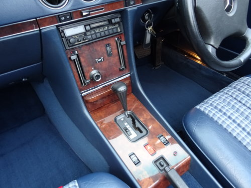 Mercedes 300SL Roadster 3.0 Litre 6 Cyl 1989F For Sale (picture 5 of 6)