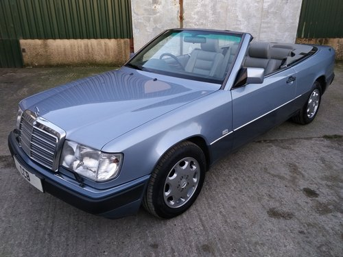 Mercedes 320CE Cabriolet 3.2 litre 6 Cyl 1993K For Sale (picture 1 of 6)