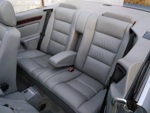 Mercedes 320CE Cabriolet 3.2 litre 6 Cyl 1993K For Sale (picture 6 of 6)