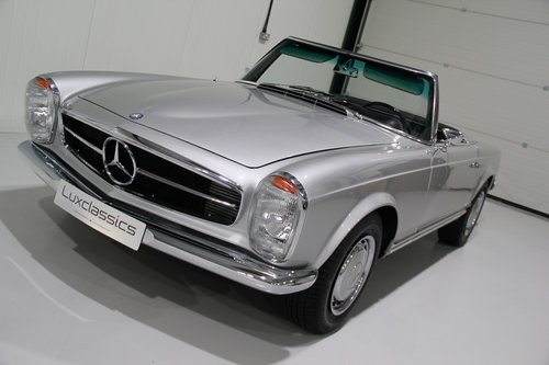 1967 Mercedes Benz 250SL W113 Pagoda Restored For Sale (picture 4 of 6)