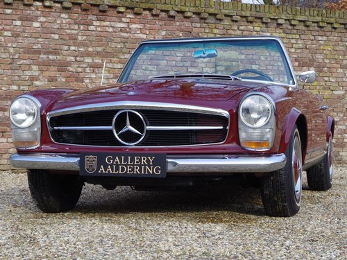 1967 Mercedes Benz 250SL Pagode long-term ownership, well documen For Sale (picture 5 of 6)