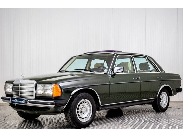 1984 Mercedes-Benz 230 E W123 For Sale (picture 1 of 6)