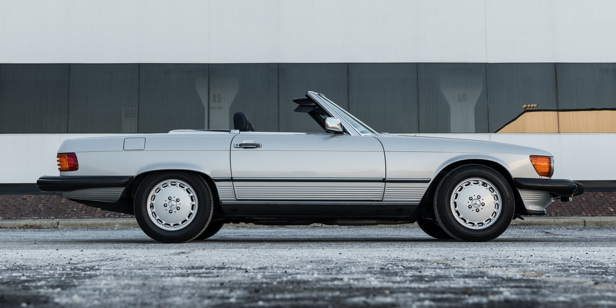 1989 Mercedes 560SL For Sale (picture 2 of 6)