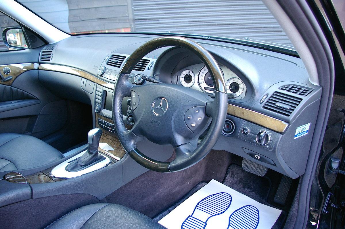 2006 Mercedes E350 Avantgarde 7G-Tronic Estate (43,696 miles) SOLD (picture 4 of 6)