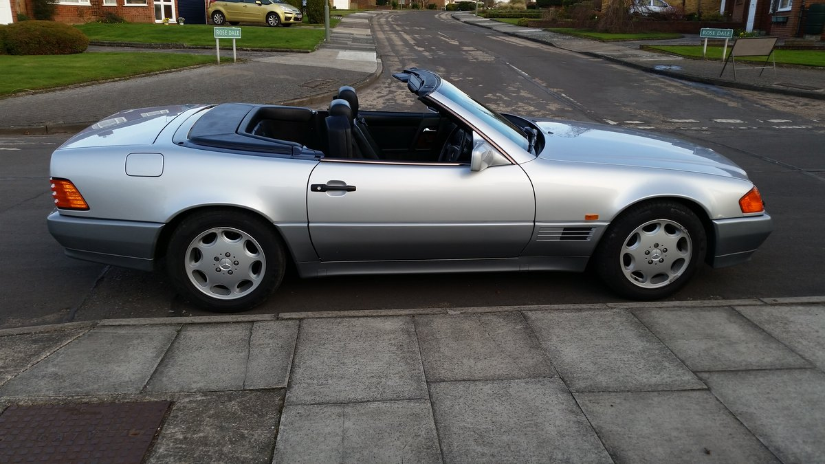 1991 Mercedes 300SL 24v Low Mileage SOLD (picture 2 of 5)
