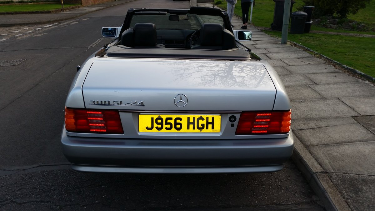 1991 Mercedes 300SL 24v Low Mileage SOLD (picture 4 of 5)