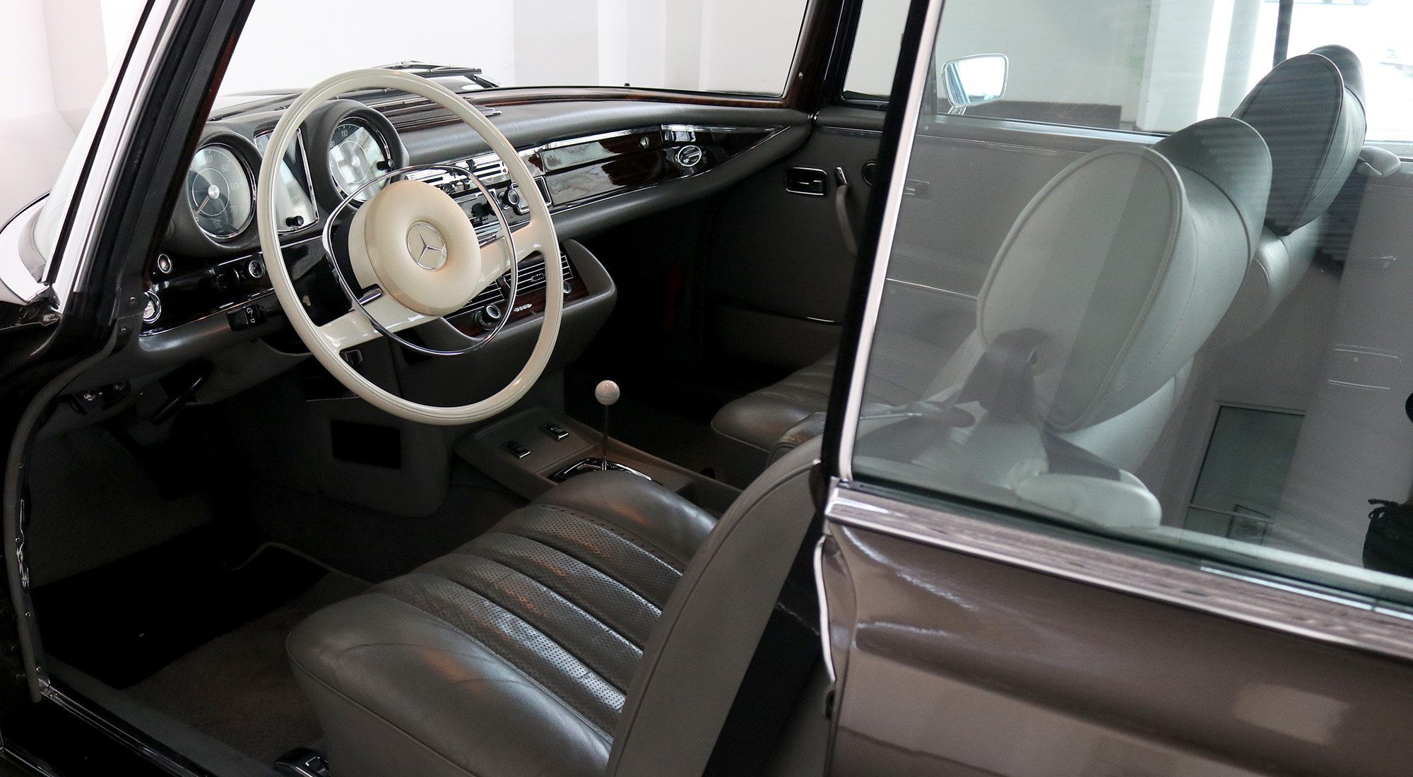 1970 Mercedes-Benz 280SE 3.5 Coupe For Sale (picture 5 of 6)
