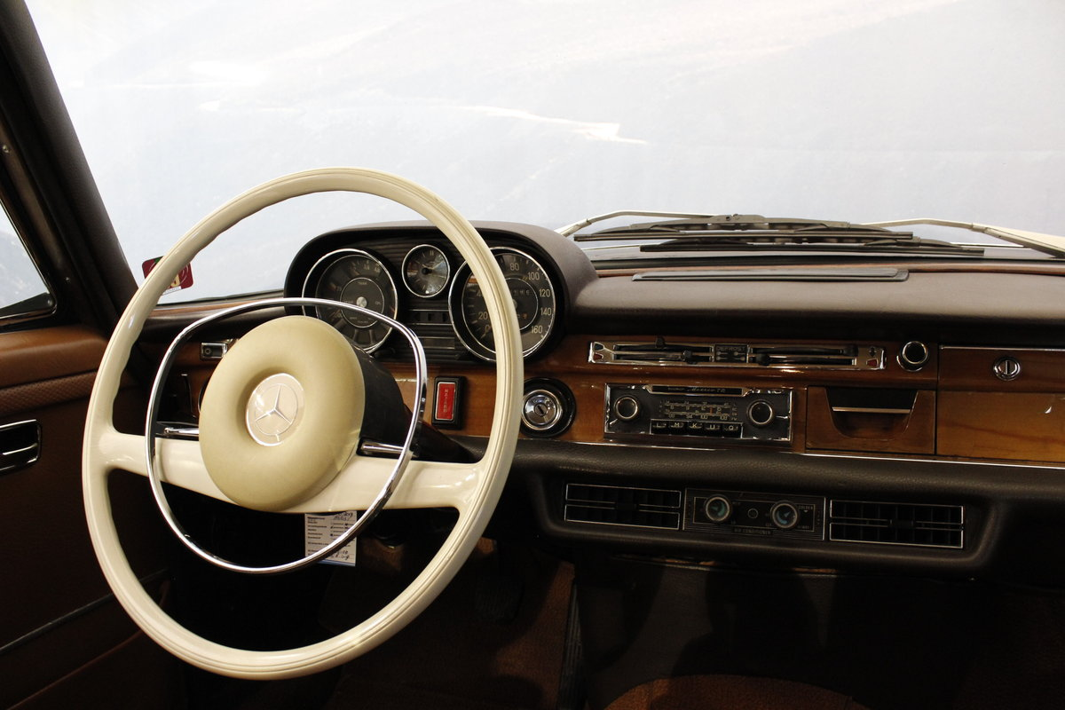 1973 Mercedes 280 SEL 4.5 V8 Aut. For Sale (picture 5 of 6)