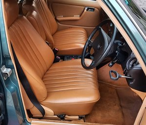 1984 MB 230 E RHD 88388 Kms (55,242 Mls) - SOLD SOLD