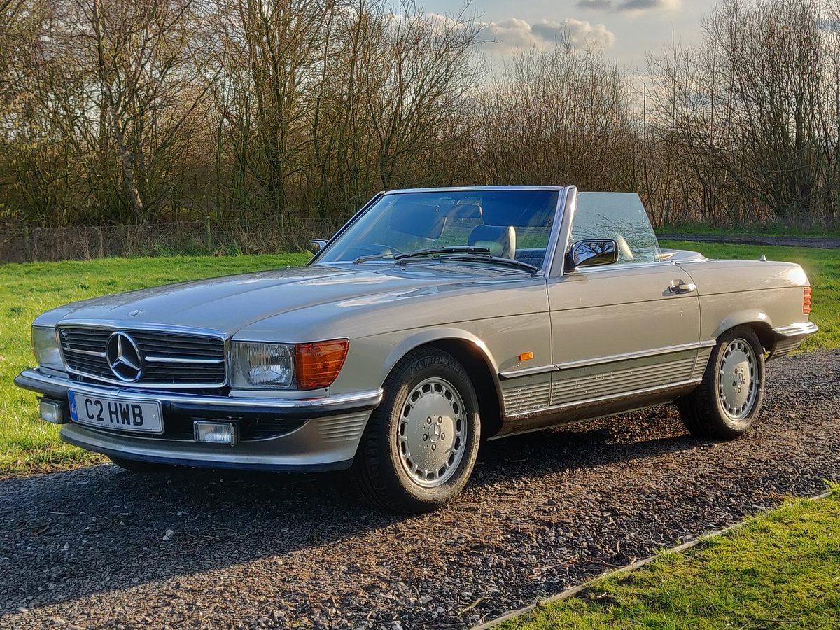 1988  Mercedes-Benz R107 SL420 For Sale (picture 1 of 6)