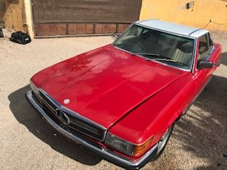 1980 NOW SELLING ITS PARTS W107 380SL