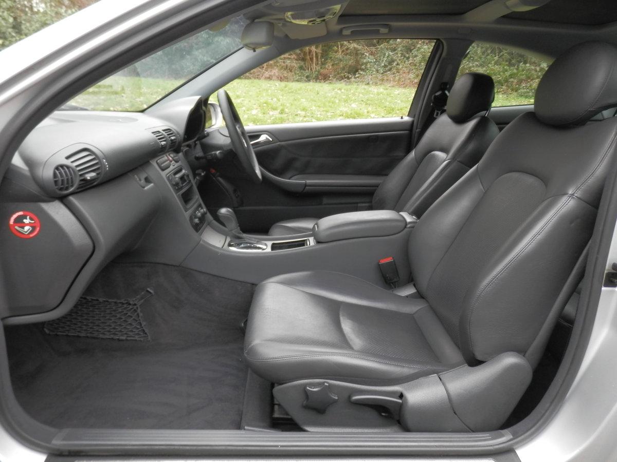 2002 Mercedes C200 Kompressor Evolution.. Low Miles.. Hi Spec.. SOLD (picture 3 of 6)