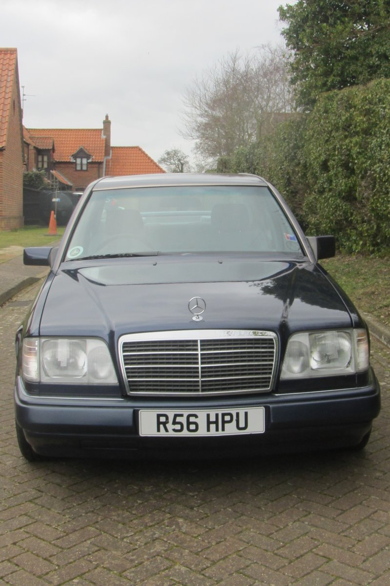 1998 Mercedes E220 W124  very low mileage For Sale (picture 2 of 6)