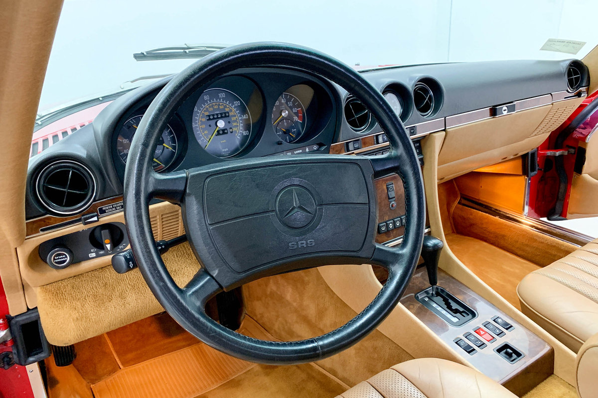 1987 Mercedes 560 SL *9 March* RETRO CLASSICS  SOLD by Auction (picture 6 of 6)
