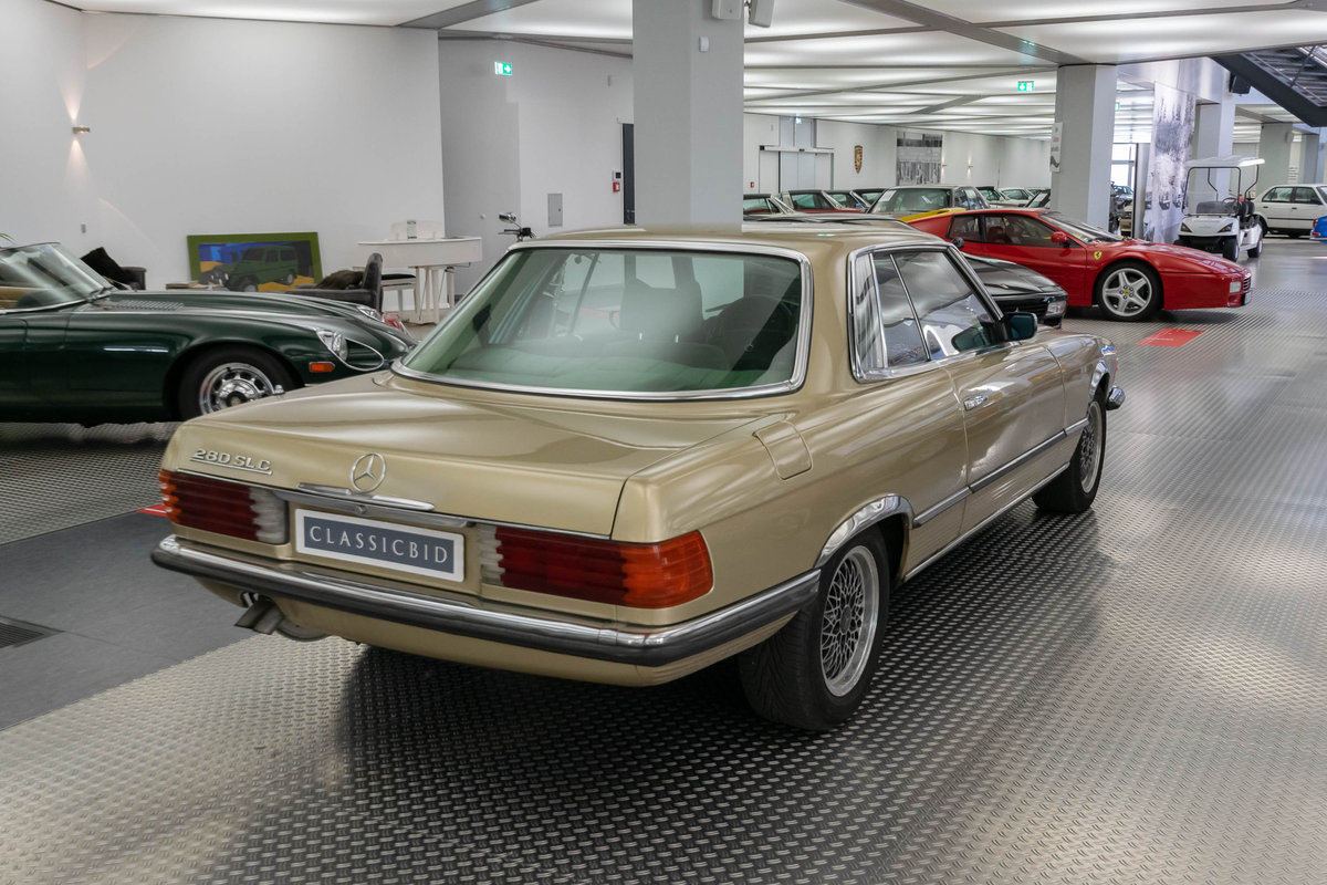 1975 Mercedes 280 SLC *9 march* RETRO CLASSICS SOLD by Auction (picture 4 of 6)