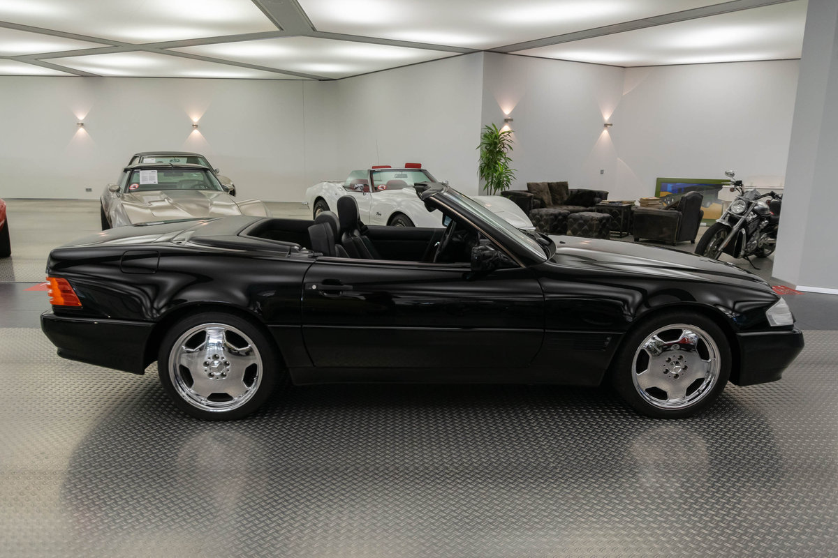 1991 Mercedes 300 SL-24 (R129)  For Sale (picture 2 of 6)