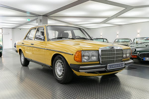 1981 Mercedes 230 E (W123) *9 march* RETRO CLASSICS  For Sale by Auction