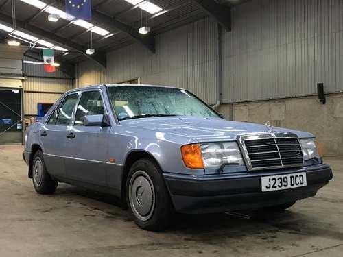 1992 Mercedes 260E Auto at Morris Leslie Auction SOLD by Auction (picture 1 of 6)