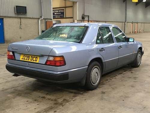 1992 Mercedes 260E Auto at Morris Leslie Auction SOLD by Auction (picture 2 of 6)