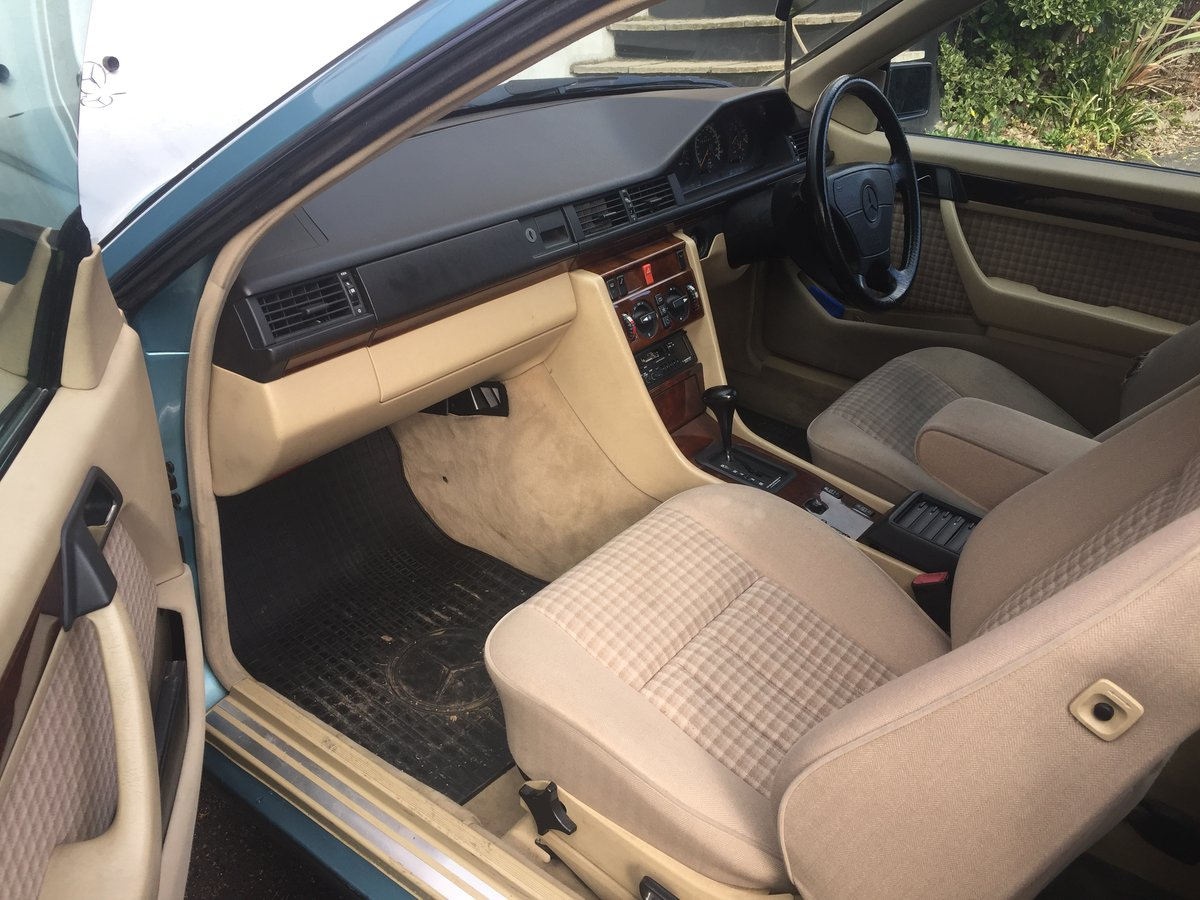 1993 W124 220 CE Coupe SOLD (picture 4 of 6)