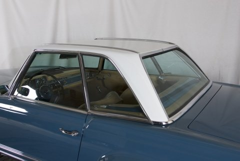 1967  Mercedes 250 SL = Pagoda Convertible Auto low miles $59.5k For Sale (picture 2 of 6)