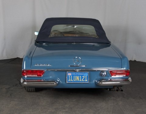 1967  Mercedes 250 SL = Pagoda Convertible Auto low miles $59.5k For Sale (picture 3 of 6)