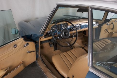1967  Mercedes 250 SL = Pagoda Convertible Auto low miles $59.5k For Sale (picture 5 of 6)