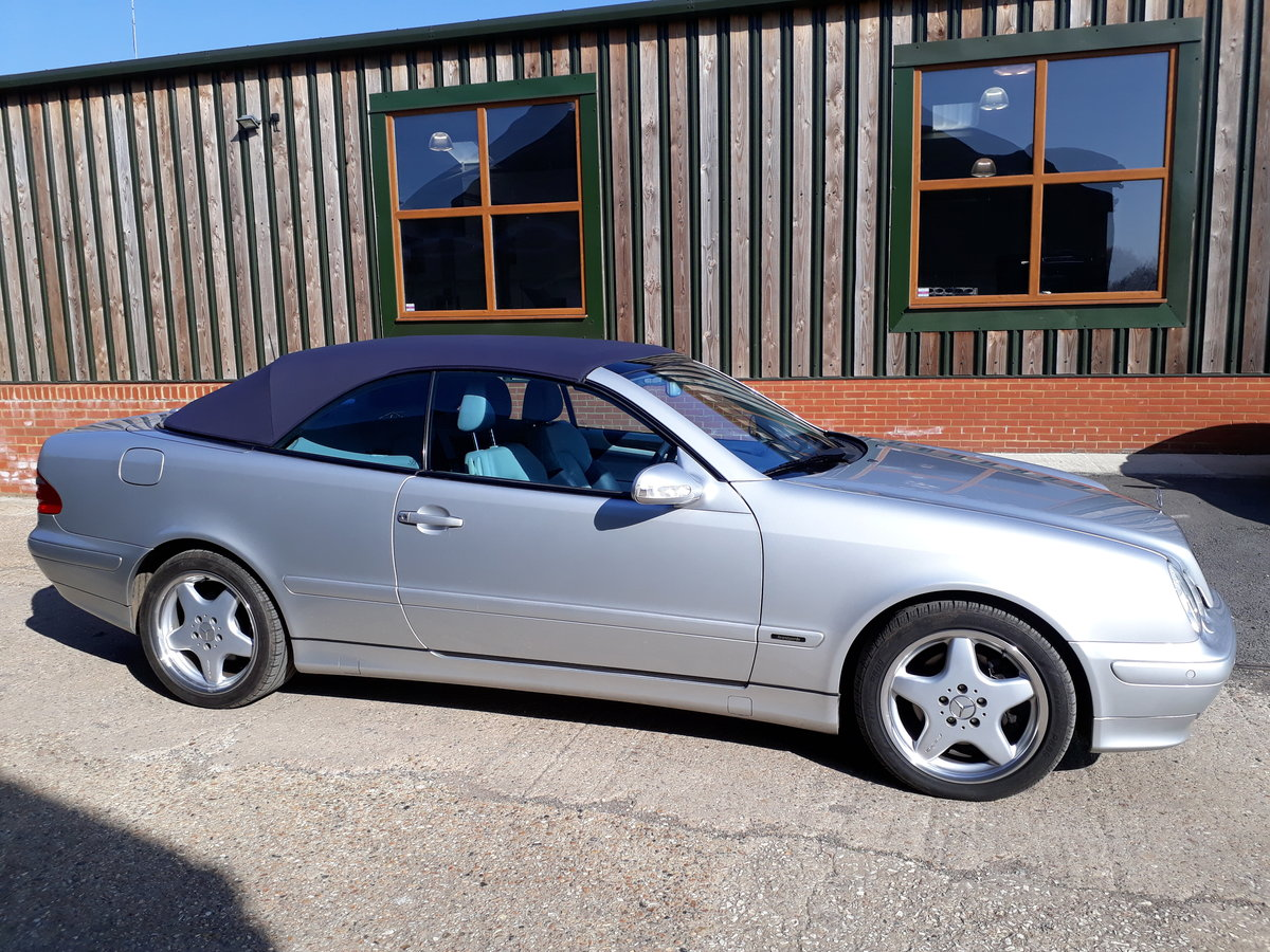 2002 Mercedes-Benz CLK 320 V6. Superb inside and out SOLD (picture 1 of 6)