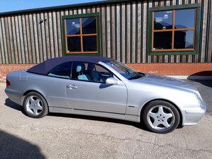 2002 Mercedes-Benz CLK 320 V6. Superb inside and out