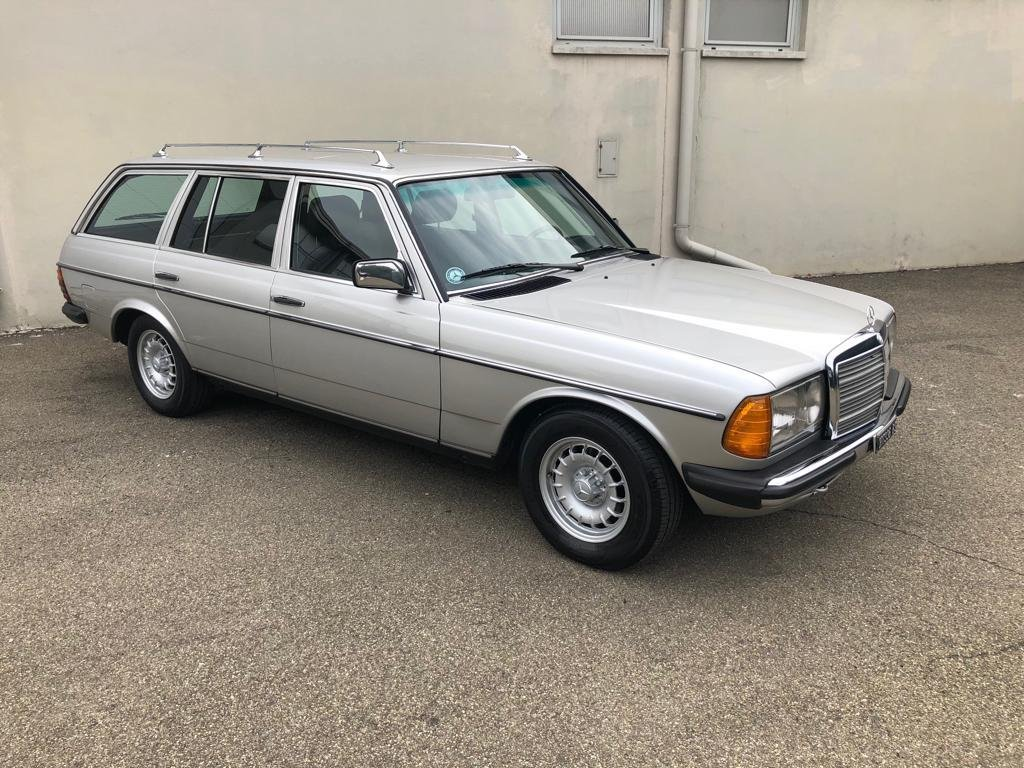 Mercedes 200 T anno 1984 For Sale (picture 2 of 5)