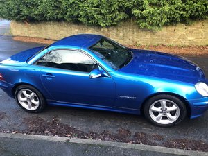 2001 Low Mileage Mercedes SLK 230 Kompressor with FMSH For Sale