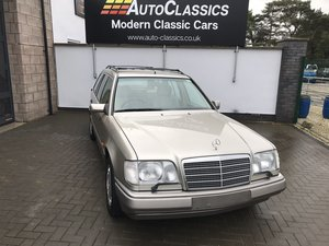 1994 Mercedes E320i Estate 124 SOLD
