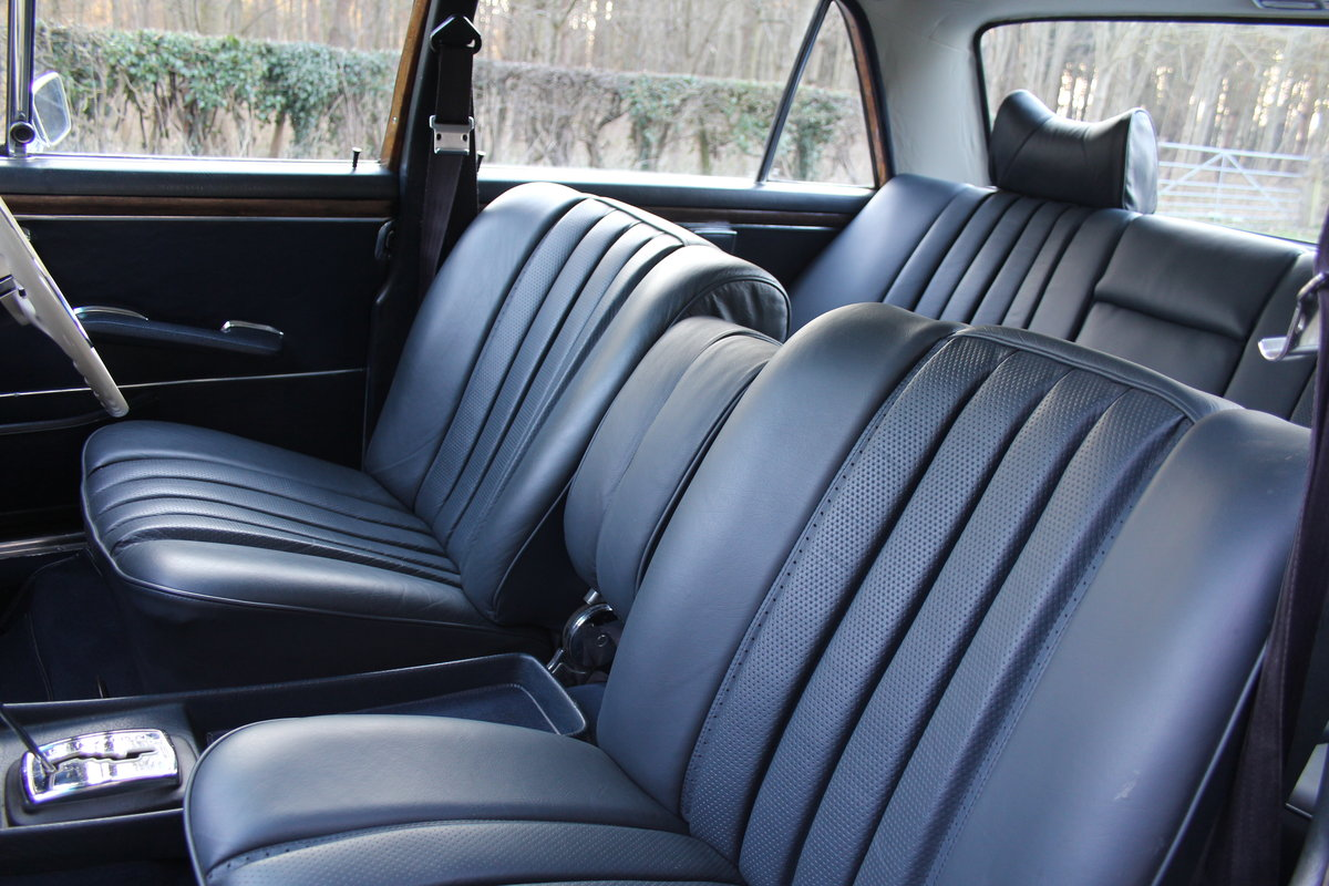 1970 Mercedes Benz 300SEL 6.3 - Low Mileage of 70,000 Recorded SOLD (picture 8 of 12)