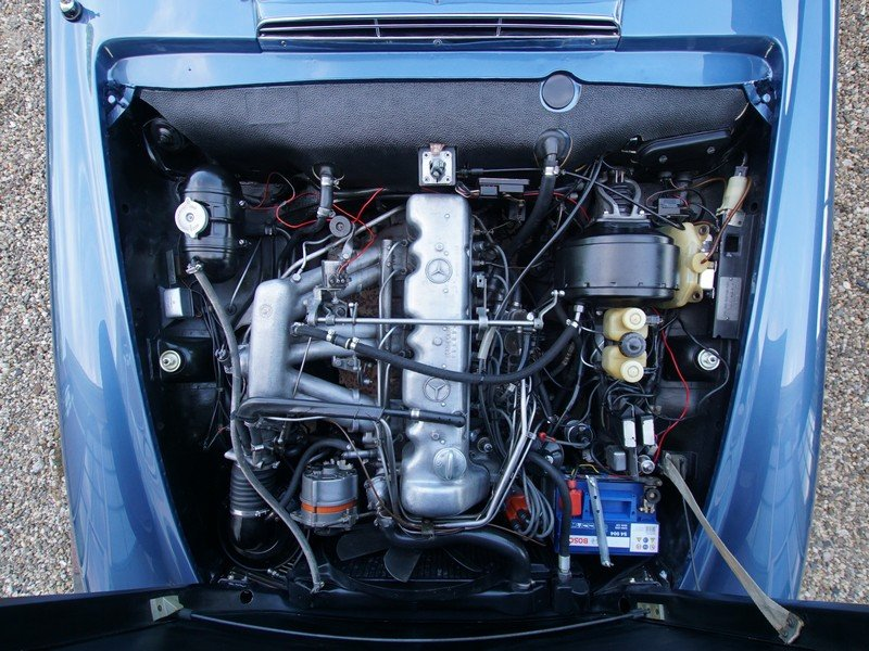 1971 Mercedes Benz 280SL Pagode fully restored condition! For Sale (picture 4 of 6)