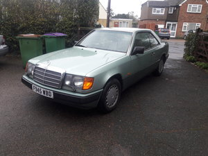 1989 Mercedes W124 300 Coupe