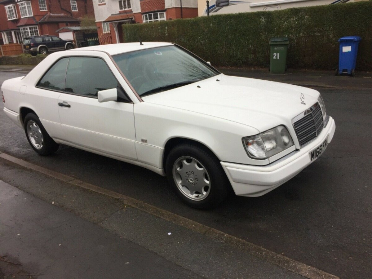 1994 Mercedes E220 coupe ( w124 ) lovely low milage For Sale (picture 2 of 6)