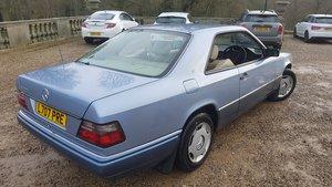 1993 mercedes W124 e220 coupe facelift low miles