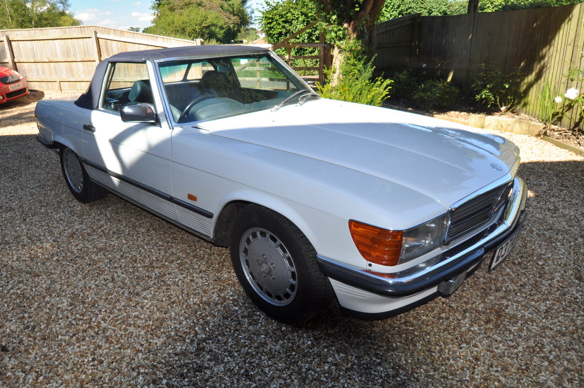 1986 Mercedes 300SL AUTO R107 For Sale (picture 3 of 6)